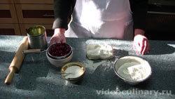 Ингредиенты Пирожки с вишней из слоеного теста