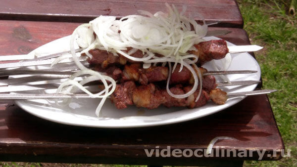 Шашлык из бараньей печени (жигар-кебаб)