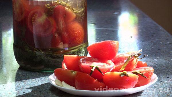 solenye-pomidory-bystryj-zasol_final