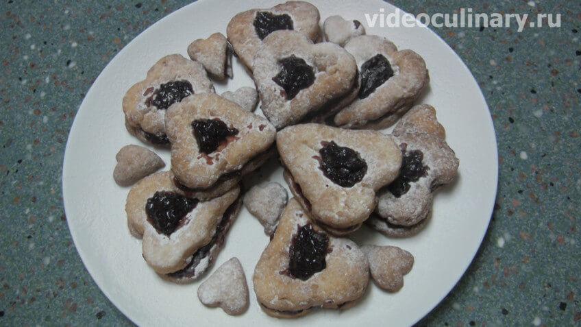 Черничное печенье из миндального теста