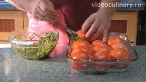 solenye-farshirovannye-pomidory_3