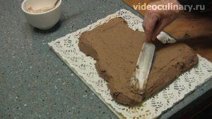 biskvitnyj-shokoladnyj-tort-mishka_10