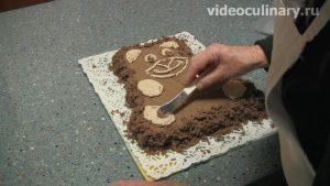 biskvitnyj-shokoladnyj-tort-mishka_13