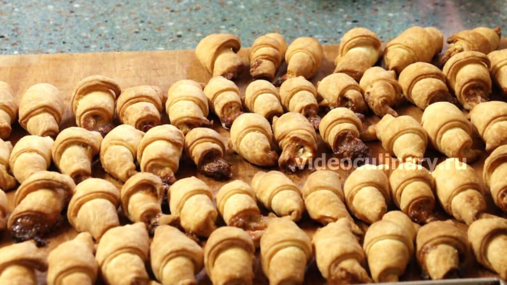 Рогалики песочные с орехами рецепт пошагово