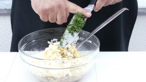 kartofelnyj-salat-s-tuntsom_4