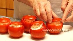 pomidory-farshirovannye-syrom_4