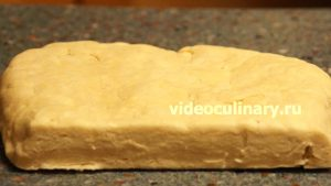 Ингредиенты Украшение пирога – Плетёнка
