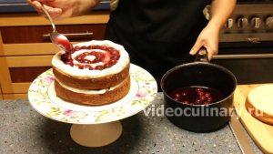 biskvitnyj-tort-nevesta_12