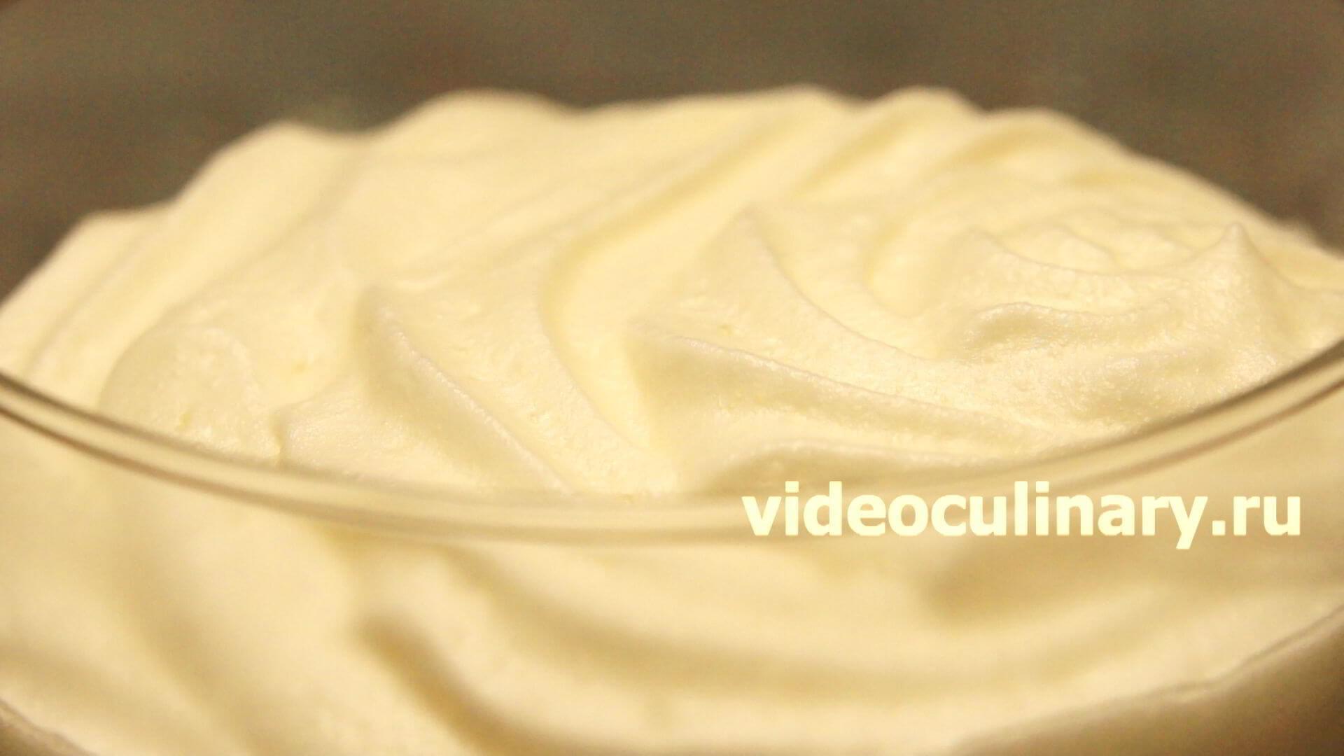 Рецепт воздушного крема для торта пошагово