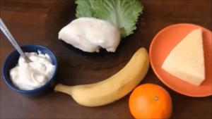salat s kuricej i bananom 2