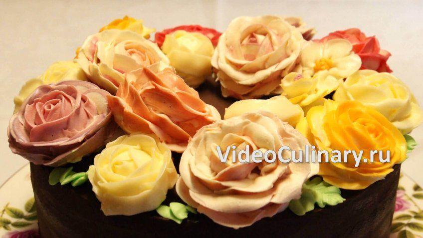 ukrashenie-torta-rozami-iz-krema_66